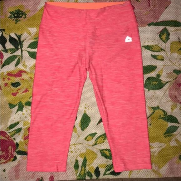 Reebok Pants - Rebook RBX bright pink heather yoga capris M